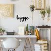 Fotografia, na której jest Napis dekoracyjny na ścianę HYGGE - DekoSign