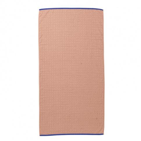 Fotografia, na której jest Ręcznik bawełniany SENTO - różowy - ferm LIVING