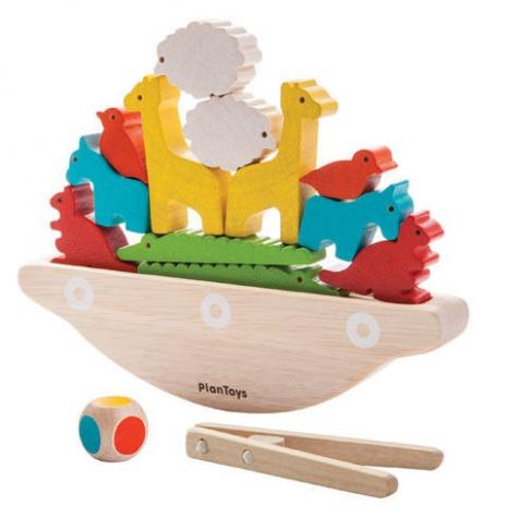 Fotografia, na której jest Balansująca łódka, drewniana gra manipulacyjna, Plan Toys®