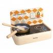 Fotografia, na której jest Drewniana kuchnia przenośna | Plan Toys®