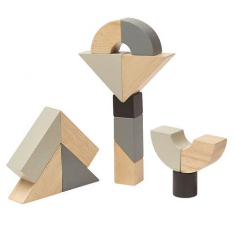 Fotografia, na której jest Drewniane klocki zakręcone   Plan Toys®