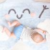 Fotografia, na której jest Dywan w kształcie gwiazdki HAPPY STAR - Mr Wonderful & Lorena Canals
