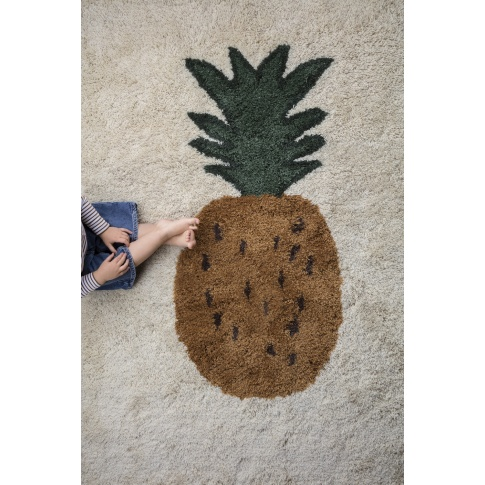 Fotografia, na której jest Dywan wełniany FRUITICANA - ferm LIVING | 120 x 180 cm