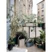 Fotografia, na której jest Doniczka balkonowa / skrzynka balkonowa BAU - ferm LIVING