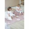 Fotografia, na której jest Poduszka Round Biscuit Pink Pearl - Lorena Canals